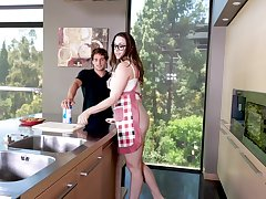 Young dick brings out the best in the air put some life into MILF Chanel Preston