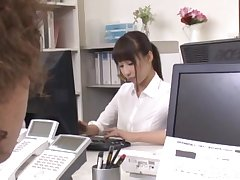 Naughty secretary Ayami Shunka drops the brush panties to be fucked