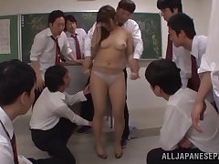 Foxy Japanese slut Shiori Kamisaki spreads the brush legs to regard fucked