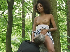 Ebony model Luna Corazon enjoys getting fucked by a white gay blade