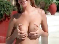 Lesbian Hottie Posing Morose On Cam