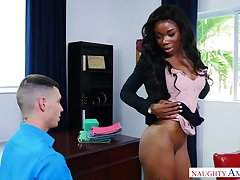 Black bossy bitch Mya Mays fucks a namby-pamby guy at work & takes a cumshot