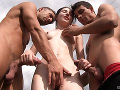 Outdoor MMF threesome with Mia Evans swallowing two piles