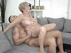 Wrinkled increased by saggy granny stuffed with a fat cock